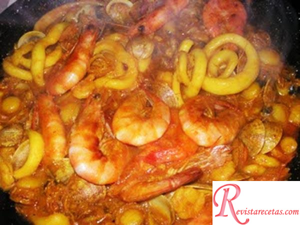 Zarzuela de marisco receta de cocina pescados y for Cocinar zarzuela